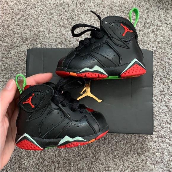 the latest e0296 ec174 Baby sneakers Jordan 7 Retro BT NWT
